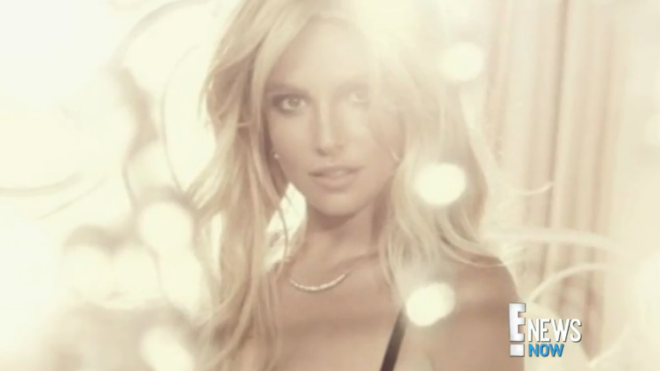 Britney looks INCREDIBLE in her new lingerie ads: http://t.co/MBBCQsMK9i http://t.co/S9c2PK47kI
