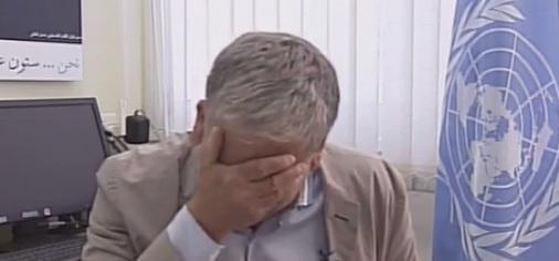 UNRWA spokesperson Chris Guiness breaks down in interview on Gaza crisis: http://t.co/mIRK6KTfh5 http://t.co/OMHRNvel8J