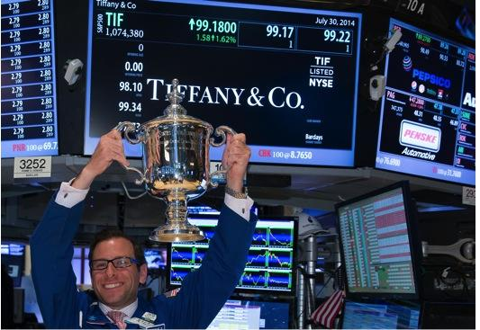 RT @nyse: We raise our glasses to @TiffanyAndCo for forging the spectacular silver @usopen trophies. #LightUpTheFloor http://t.co/6Eyt2RDNdk