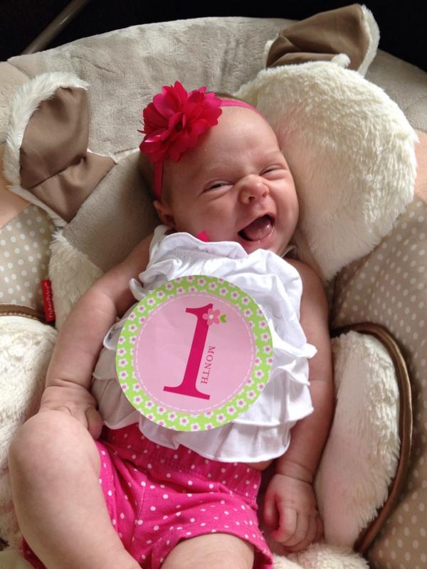 "Erin Merryn on Twitter: ""My baby girl is 1 month old! So blessed! She  brings us so much joy and happiness I love being a mommy!"