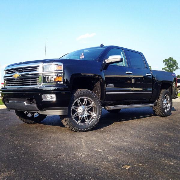 "DEOtrucks on Twitter: ""2014 #chevy high country edition with 4"" lift"