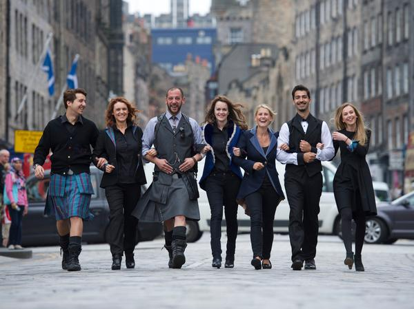 Our uniforms are here - @judyrclark and @21STCENTURYKILT have arrived on the Royal Mile! http://t.co/lmceDeBqZr