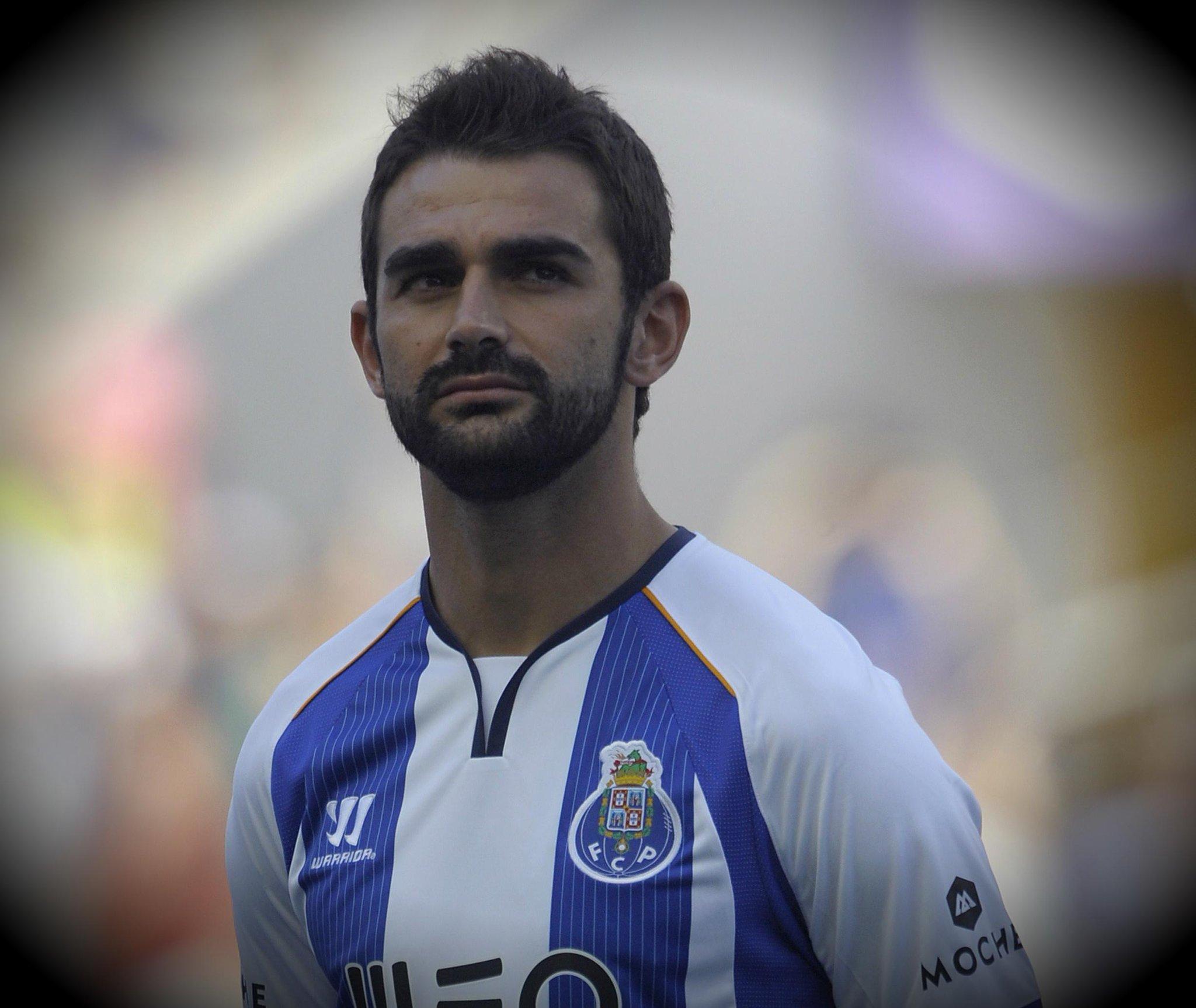 Deportivo chciałoby ściągnąć Adriana