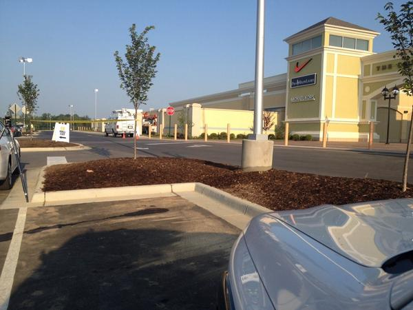 Closest parking spot to new #OutletShoppes #priceless @courierjournal @Utterback13 http://t.co/xanIhFh3Ft