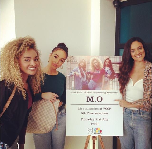 RT @MOMusic: Wicked time at @UMusicPub_UK  @VCCP this afternoon!! Thanks for making us feel so welcome!! Pizza got demolished! X http://t.c…