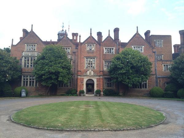 Photo: house/residence of the cool 14 million earning London, England, United Kingdom-resident