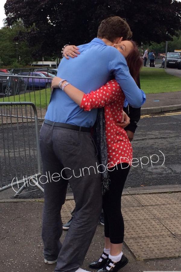 Tom giving me a little hug http://t.co/wjVSimPwD7