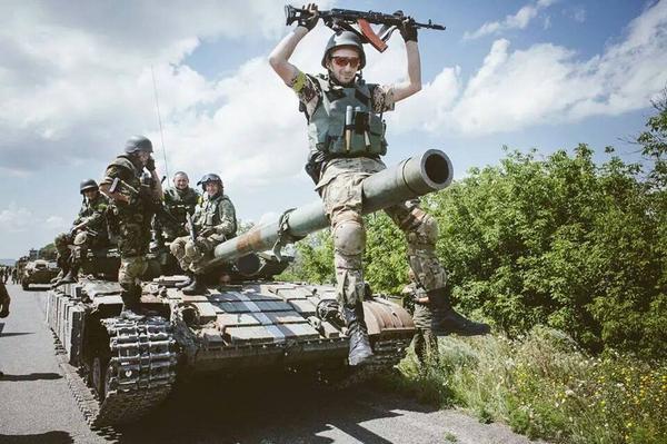 Россия пока не ответила, зачем стягивает свои войска к украинской границе, - СНБО - Цензор.НЕТ 3632