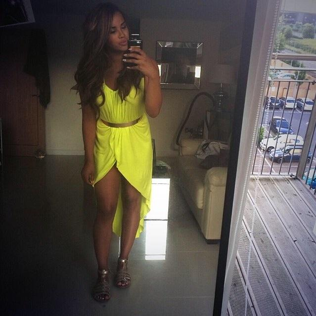 "RT @FamousFrocks: @LateyshaValleys taking a #selfie with ""Max""! Shop the frock http://t.co/JZjmfXPYJ0 http://t.co/QBX04ahIlG"