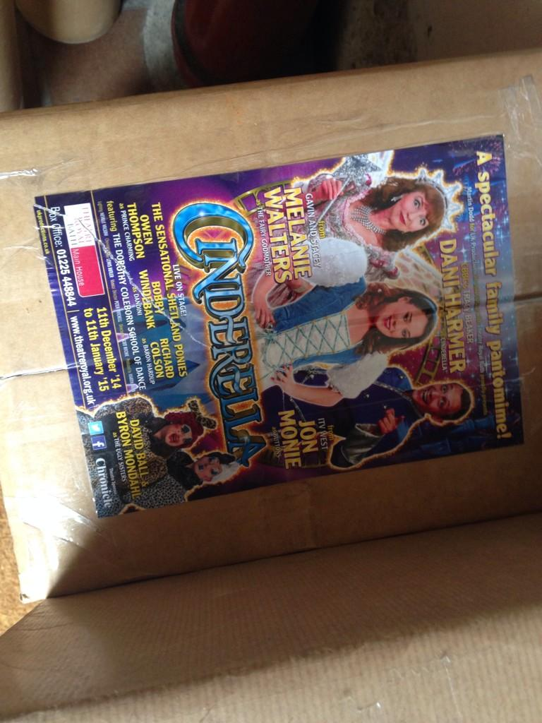 RT @TheatreRBath: Look who's turned up on our doorstep today!! @MissDaniJHarmer @JonMonie http://t.co/HQJ82GD8Si