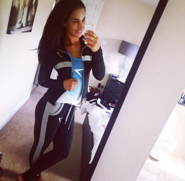 New gym goodies 👌 @GymShark http://t.co/sn4yhyPn87