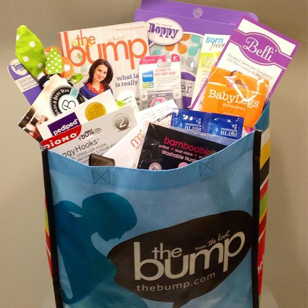 It's a #Boobolution! Find out how to win great prizes from our friends @thebump --> http://t.co/LDU8mreTOY http://t.co/4Xfg7p9Y5m