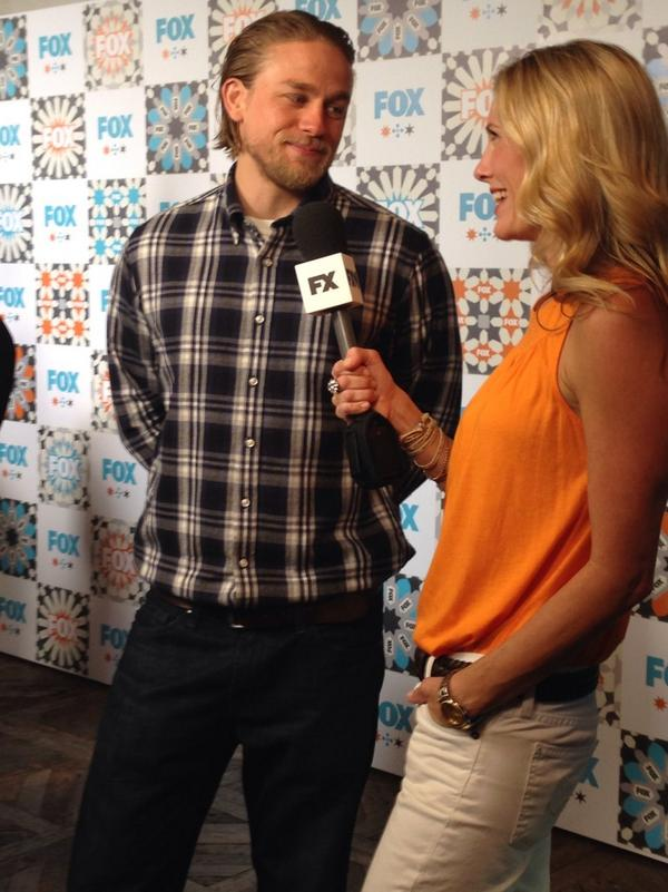 Great @FOXTV #TCA14 party tonight. Look who showed up. @SonsofAnarchy #SOAFX http://t.co/3ECZoRAg9p