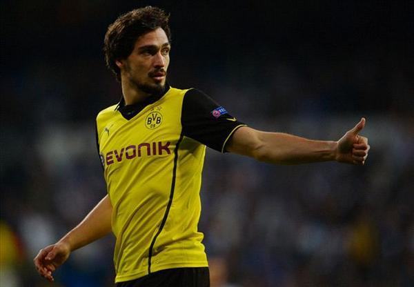 #Dortmund Sepakat Untuk Lepas Mats #Hummels Ke #MUFC - http://t.co/B5DQqgRL4g | M: http://t.co/jQe1alNU8M http://t.co/CfBdDbHiB5