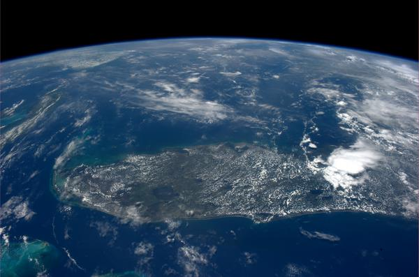 I can see why #Hemingway loved this place! #keywest #BlueDot http://t.co/TUYvQ9vZsw