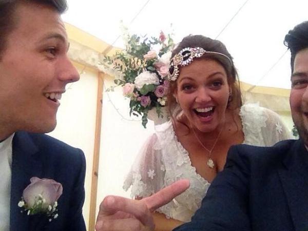 deakin wedding deakinwedding twitter