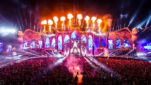 Electric Daisy Carnival Las Vegas EDC 2014 | Lineup | Tickets | Prices | Dates | Video | News | Rumors | Mobile App | Hotels