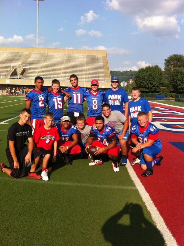 Wphs Football On Twitter So Cool To See Big Kids Give Back