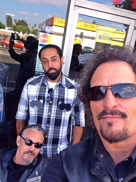 With my big brother @KimFCoates  (thank you so much for everything! Love you!) And @TommyFlanagan #SoaFx #Soa http://t.co/oQHLwmdsyG