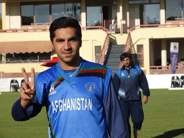 Good com back team Afghanistan good bowling bye young speed star Aftab alam 2 for 44 against Zimbabwe http://t.co/l0jvrb6gpW