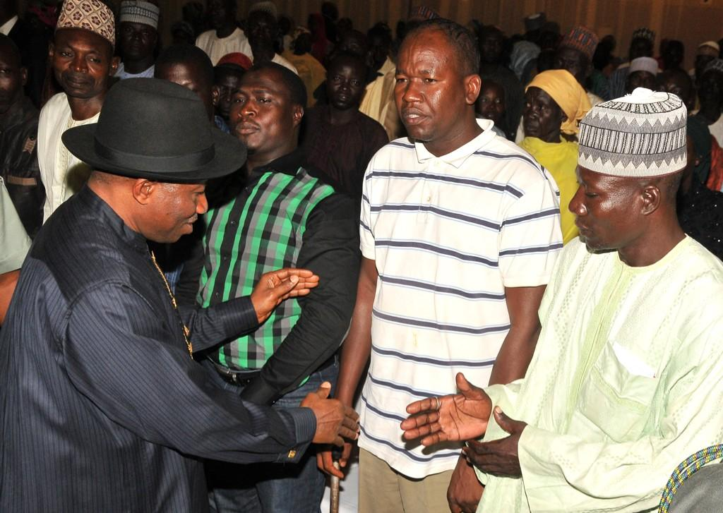 BtKTA5lCEAARpyi - I plan to visit Chibok after abducted girls' freedom -Jonathan