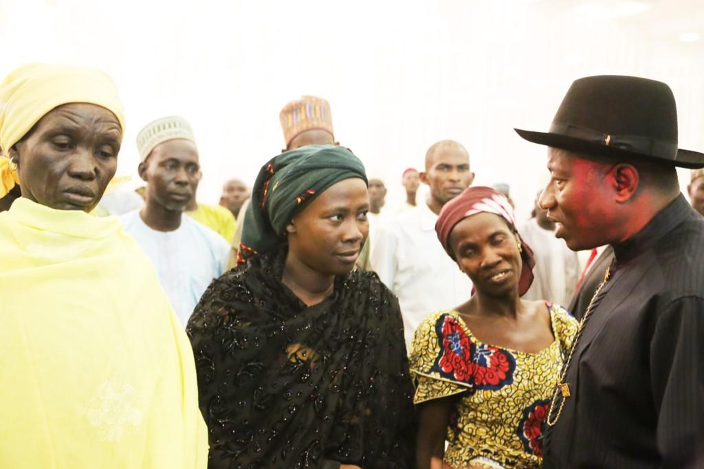 BtKTE72IAAAHaOd - I plan to visit Chibok after abducted girls' freedom -Jonathan