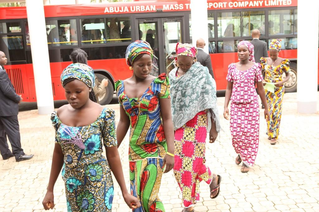 BtKjqWNCcAAmxJi - I plan to visit Chibok after abducted girls' freedom -Jonathan