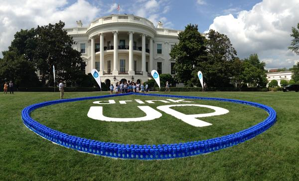 Tap ✓ Filtered ✓ Bottled ✓ RT to join FLOTUS and encourage kids and families to drink more water. #SpreadTheWater http://t.co/VMTck7B7wu