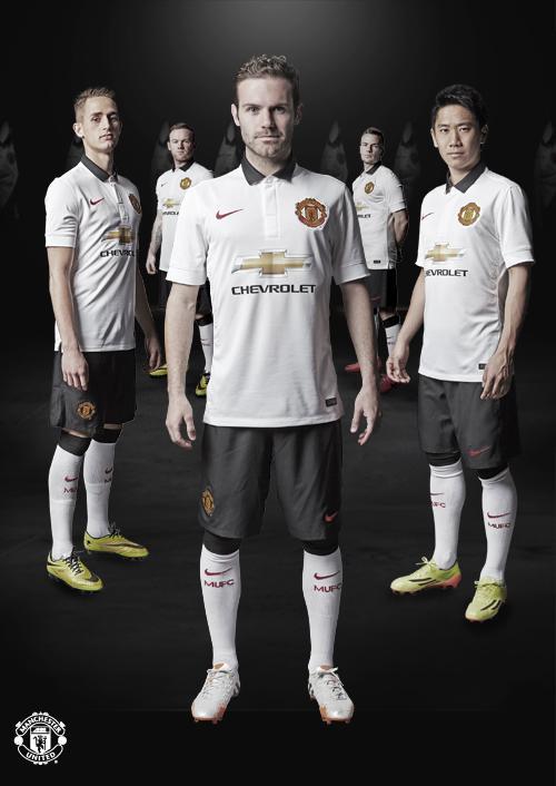 Manchester United FC Official Thread - Page 4 BtLG9rcIgAABtCE