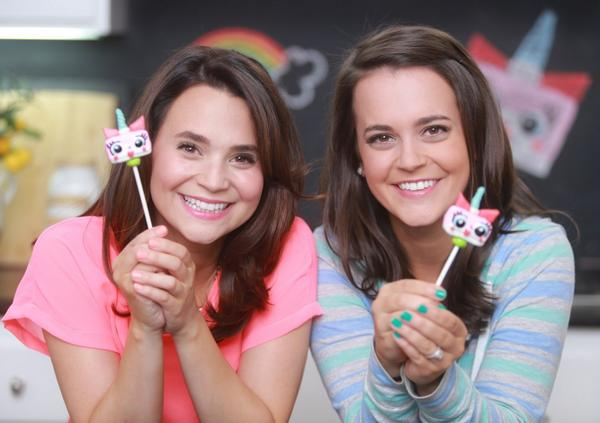 Photo of Rosanna Pansino & her Sister Molly Lu