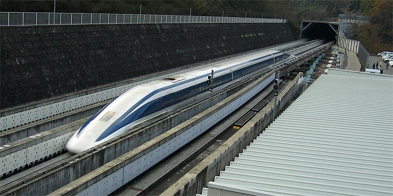 Japan To Get Floating Bullet Trains Faster Than Formula 1 Cars http://t.co/wkclNLoWeT http://t.co/Jb4a046U0f