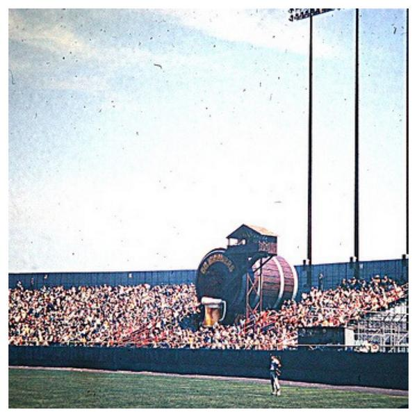! RT @Baseball_Photos: RT if you think Bernie Brewer should still slide into a mug of beer after a #Brewers home run. http://t.co/Y2JBRqnOON