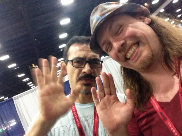 Oh yeah is that time of the year @humberto_ramos @los_forasteros (at @comic_con w/ 5 others) http://t.co/15adZ01fL6 http://t.co/d85CiAvgg0