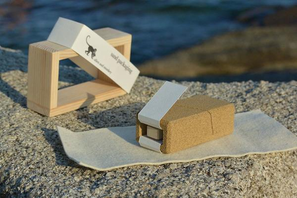 Sand packaging - take a look at this innovative idea here: http://t.co/zVsxOCQdXi #design #productdesign http://t.co/MuBQNJFBnH