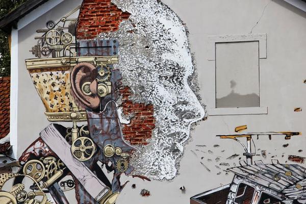 """EXPLORING LISBON AS A STREET ART TOURIST"" - #streetart   portfolio from @bkstreetart http://t.co/SjyYTkTFWj http://t.co/E7rMPcOQ2j"