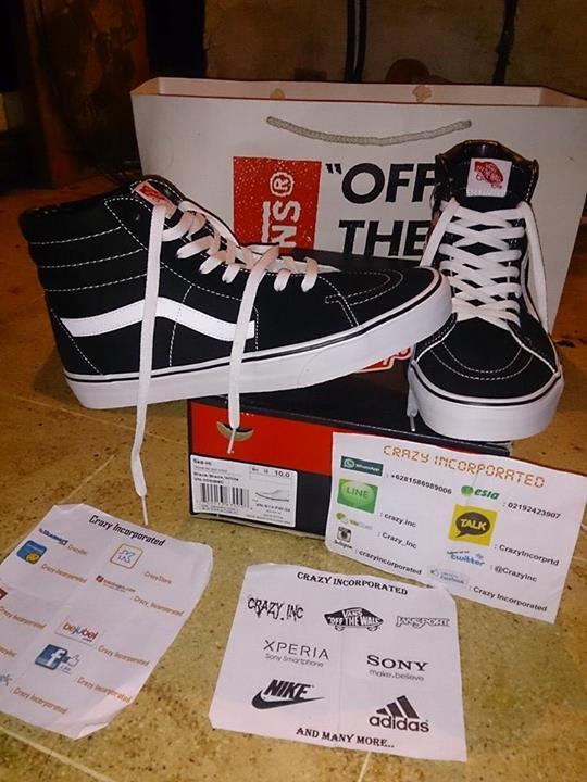 Jual  Vans  CoreClassics  Sk8hi  Black  White  BW  Original  BNIB  ICC  Ready size 9 dan 10.  CrazyInc 081586989006pic.twitter.com MLDM2Nxhw8 20ec836ce8