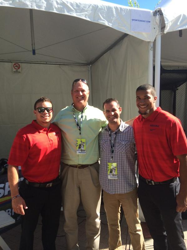 .@Sports360AZ guys with Jared Tevis and Austin Hill, love to see some Phoenix friends here! #Pac12FB http://t.co/OPwoG62wS2