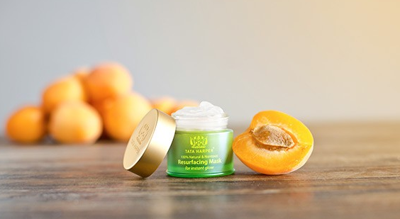 Get the summer glow you've been missing with @TataHarper's Resurfacing Mask. Win it HERE: http://t.co/y1yK7XVTN8 http://t.co/plI1ATfS5P