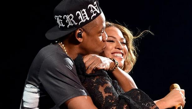 The lowdown on all those awful Beyoncé & Jay Z rumours (WE'RE STILL HOLDING OUT FOR YOU, GUYS) http://t.co/Z356aVAA9S http://t.co/uYdoVqxI38
