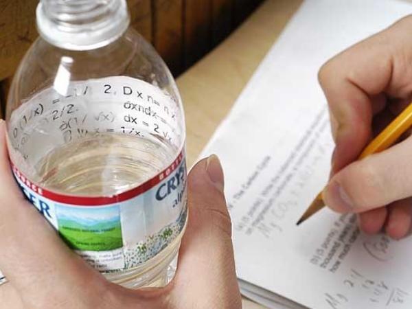16 of the sneakiest ways to cheat on a test: http://t.co/kb19uCF1xl http://t.co/8SJxQIuxwb