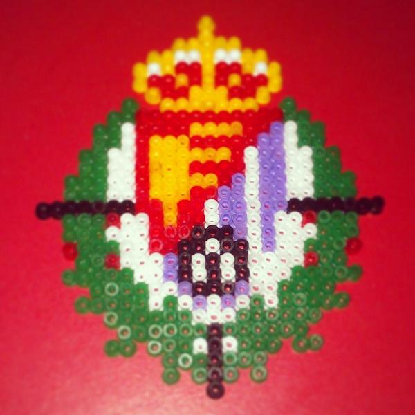 Nusky HandMade on Twitter Escudo Real Valladolid en Hama Beads