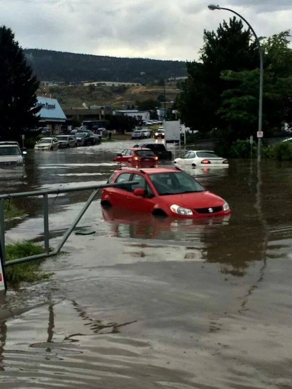 Twitter / 983cifm: #flashfloods #kamloops In front ... https://t.co/wetGQX71vl