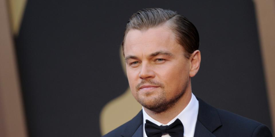 Leonardo DiCaprio now attempting to air-kick his way to an Oscar: http://t.co/5p1TWzTnYg http://t.co/CqLphrNaNN