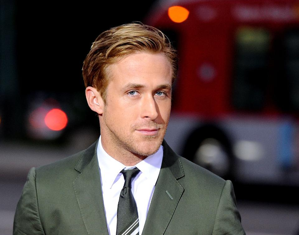 Photographic proof that even Ryan Gosling CANNOT BE HOTTER than Ryan Gosling: http://t.co/WWEKXdr9Jq http://t.co/OR6OD0c24g