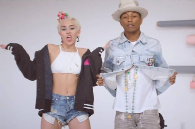 "That time Pharrell was all ""Come Get It, Bae"" to Miley Cyrus: http://t.co/M76BSdpHYb http://t.co/gcoplmXvhL"