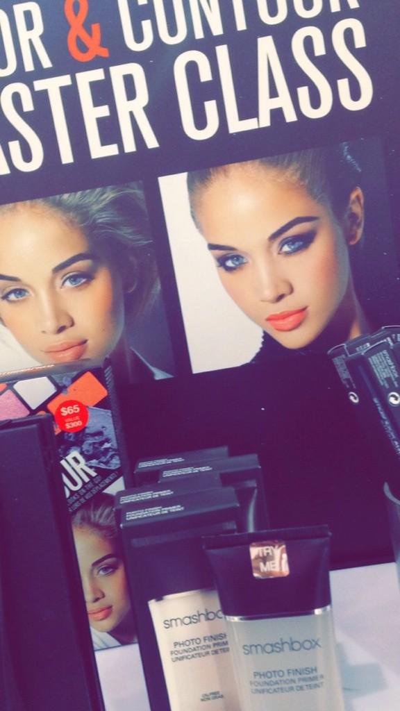😍🙈 RT @KendalCupcake: Guess who I spotted 😍 @golden_barbie http://t.co/d8kGiNZnnh