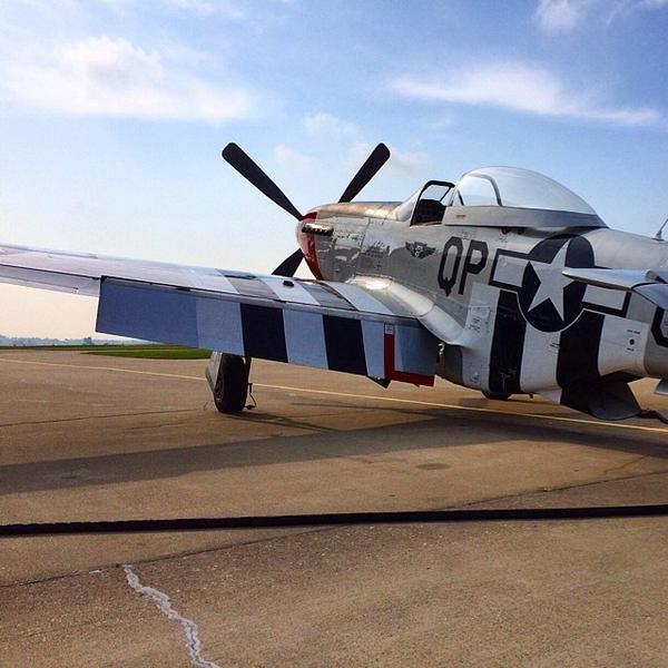 test Twitter Media - RT @DCFreep: This P-51D Mustang stopped in at the #Huntingburg Airport for some fuel before continuing to #Oshkosh http://t.co/k6H4OZKkzR