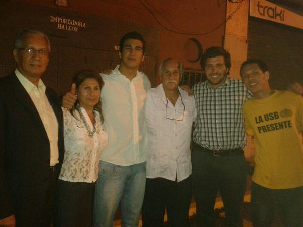 ¡Qué buena noticia! Marco Coello es un joven valiente. RT @akaLuisSerrano ACABAN DE LIBERAR A MARCO COELLO http://t.co/ksssKE65VN