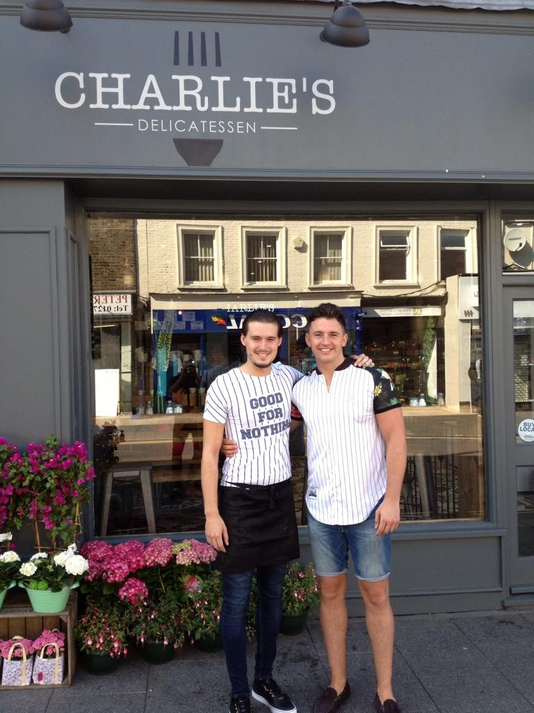RT @BaccusStore: @BaccusStore morning breakie with @charlessims_ @charlies_deli really lovely food and company ! http://t.co/6ovGvRFeZT