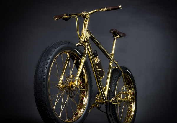 le gold mountain bike est le v lo le plus cher du monde prix 1 000 000 plus d 39 infos. Black Bedroom Furniture Sets. Home Design Ideas